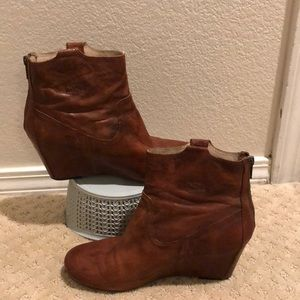 Frye Carson Cognac Wedge Bootie fits like a 10